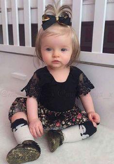 Cute Kids, Cute Babies, Children, Face, Clothes, Beautiful, Baby Girls, Fashion, Monster High Dolls