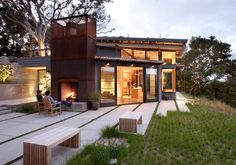 House Ocho Is a Green Roof Mountain Retreat Tucked Away in Carmel, California