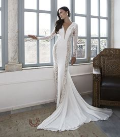 Сексуальное не пышное свадебное платье русалка