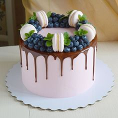 Cake Land, Candy Party, Fancy Cakes, Edible Art, Macarons, A Food, Cake Decorating, Bakery, Birthday Cake