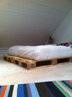 fia lotta jansson: DIY pallet bed