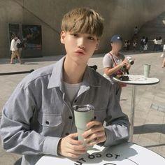 김성환(당근도령)(@hsoun9) • Instagram 사진 및 동영상 Cute Asian Guys, Asian Men, Fictional Characters, Fantasy Characters