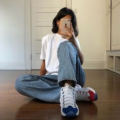 Muse Monday: Michelle Siman - Lisa Says Gah Look Street Style, Casual Street Style, Basic Outfits, Cute Casual Outfits, Fashion Outfits, Womens Fashion, Ski Fashion, Aesthetic Clothes, Fitness Fashion