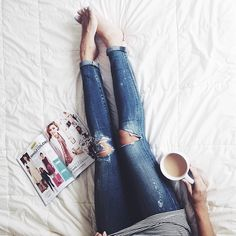 My Friday consisted of coffee in bed and mindless magazine reads. ☕️ #tgif