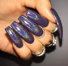 In search for some nail designs and ideas for your nails? Here is our list of must-try coffin acrylic nails for fashionable women. Dope Nails, Nails On Fleek, Fun Nails, Gorgeous Nails, Pretty Nails, Gel Nails At Home, Cute Acrylic Nails, Holographic Nails, Halloween Nails