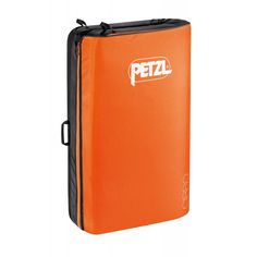 Petzl Other. Maxi crashpad for bouldering Escalade, Metal Buckles, Rock Climbing, Innovation Design, Bouldering, Outdoor Gear, Gears, Suitcase, Retail