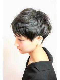 Asian Short Hair, Medium Short Hair, Girl Short Hair, Short Hair Cuts, Medium Hair Styles, Short Hair Styles, Tomboy Hairstyles, Undercut Hairstyles, Pixie Hairstyles