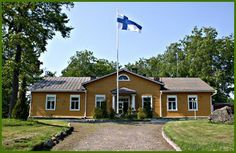 Katajiston kartano - Katajisto manor. Mansion Houses, Old Houses, Finland, Castles, Shed, Outdoor Structures, Mansions, Outdoor Decor, Home Decor