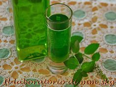 Voss Bottle, Water Bottle, Greek Recipes, Shot Glass, Smoothies, Food And Drink, Cooking Recipes, Homemade, Tableware