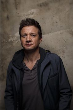 Jeremy Renner - L.A. Times photo studio at Sundance 2017