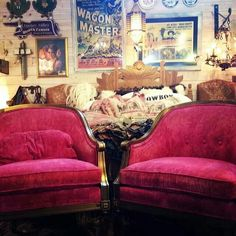 junk gypsy co cowgirl bedroom pink chairs vintage posters Pink Bed Sheets, Junk Gypsies Decor, Trash To Treasure, Pink Bedding, Funky Junk, Cozy Cottage, The Ranch, Cool Rooms, Victorian Homes