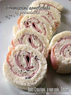 Tramezzini rolled of Prosciutto Cotto Ferrarini: stuffed with a delicious and tasty cream cheese, ham cooked and poppy seeds! Appetizer Buffet, Appetizer Recipes, Finger Food Appetizers, Finger Foods, Tapas, Wine Recipes, Cooking Recipes, Bento Recipes, International Recipes