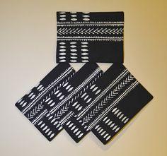 """""""Black and White Patterned Placemats"""" Zimbabwe Textiles. Black and white patterned. TheseplacematsarehandprintedbyZimbabweanwomenwhoworkfromhome. TheirwaresarethensoldattheAvondaleMarketinHarare."""