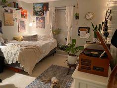 Room Design Bedroom, Room Ideas Bedroom, Bedroom Decor, Bedroom Inspo, Indie Room, Pretty Room, Aesthetic Room Decor, Cozy Room, Fashion Room