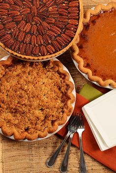 Chocolate Bourbon Pecan Pie, Local Organic Pumpkin and Yakima Pear & Apple Pie with Crumb Top #Thanksgiving #Pies | Lisa Dupar Catering, Seattle