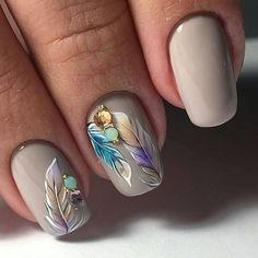 Taupe Feather Accent Nails
