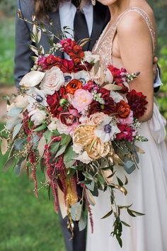 burgundy and gold fall wedding bouquet. this is one gorgeous bouquet Gold Wedding Bouquets, Fall Wedding Flowers, Fall Wedding Colors, Burgundy Wedding, Wedding Centerpieces, Floral Wedding, Wedding Decorations, Burgundy Bouquet, Fall Flowers