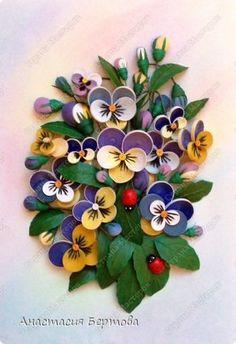 Картина панно рисунок Квиллинг Фиалка трёхцветная Бумага Бумажные полосы Карандаш Клей Краска Проволока фото 1