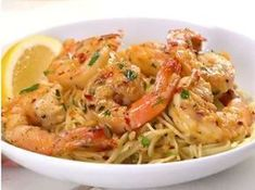 Shrimp 🍤 and pasta together in one delicious scampi. Super easy to make too! Simply sauté shrimp in the zesty white wine and butter scampi… Seafood Recipes, Pasta Recipes, Cooking Recipes, Fish Recipes, Recipies, Banoffee Pie, How To Cook Shrimp, How To Cook Pasta, Scampi Recipe