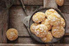 Fursecuri cu nuca de cocos (reteta fara unt)   Laura Adamache Desert Recipes, Raw Food Recipes, Baking Recipes, Cookie Recipes, Dessert Cake Recipes, Sweets Cake, Dessert Drinks, Food Porn, Macaron