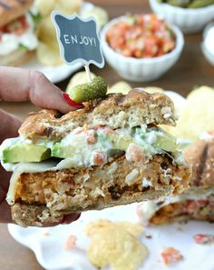 Southwestern White Bean Burgers w/ Avocado, Pepperjack, and Pico de Gallo! a delicious #vegetarian burger everyone will love, it's hearty, filling, and loaded with flavor + texture for a #healthy summer alternative :) x