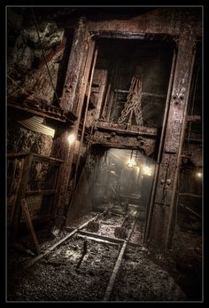 View inside No.9 Coal Mine in Landsford PA (by AndrewJohn2011)