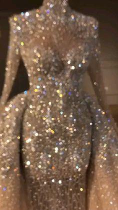 Black Girl Prom Dresses, Senior Prom Dresses, Pretty Prom Dresses, Glam Dresses, Prom Outfits, Event Dresses, Beautiful Dresses, Wedding Dress Bustle, Fancy Wedding Dresses
