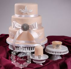 simple but elegant wedding cake with same cupcake style and minicake. www.artcakes.sk