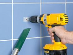 Home Improvement DIY Kitchen Budget Home Improvement DIY Videos Garage Dremel, Construction Tools, Home Technology, Do It Yourself Crafts, Home Repair, Interior Design Living Room, Tricks, Home Improvement, Simple
