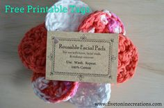 Crochet Pattern For Beginners Free printable tags for face scrubby pads. Comes with free crochet pattern for reusable facial pads. Easy Crochet Projects, Crochet Patterns For Beginners, Easy Crochet Patterns, Crochet Designs, Crochet Ideas, Crochet Faces, Crochet Gifts, Cute Crochet, Scrubbies Crochet Pattern