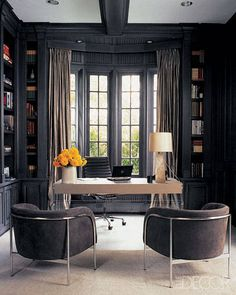 In Bugbee's study, vintage armchairs and a custom-made desk. - ELLEDecor.com