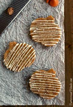 Brown Sugar Pumpkin Kiss Shortbread | ButtercreamBlondie.com
