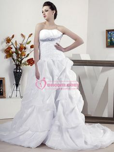 Strapless Neckline Applique Beaded Satin Wedding Dress of Ball Gown