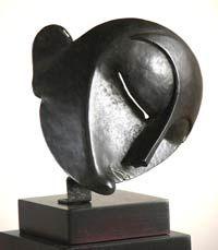 Ayuntamiento de Zaragoza.Museo Pablo Gargallo: pequeña máscara de pierrot Guggenheim Bilbao, Pierrot, Pablo Picasso, Bronze Sculpture, Deco, Paper, Contemporary Sculpture, Sculptures, Zaragoza