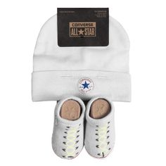 Converse Baby 2-er Geschenk-Set Mütze Söckchen weiß