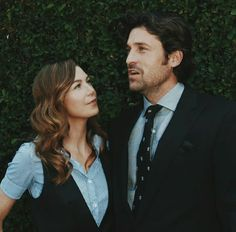 Greys Anatomy Couples, Greys Anatomy Funny, Greys Anatomy Cast, Grey's Anatomy Wallpaper Iphone, Anatomy Humor, Cute Group Halloween Costumes, Meredith And Derek, Kate Walsh, Grey Stuff