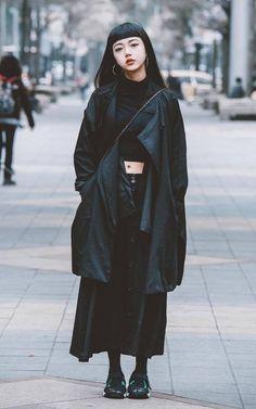 Perfect look! Black is always the new black <3 Love, Joyous Girl ♥ www.joyoustee.com