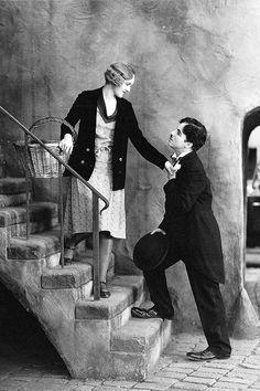Virginia Cherrill & Charlie Chaplin in 'City Lights', 1931.