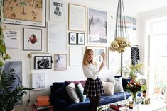 I februari skrev jag ett inlägg om planeringen kring min tav Sweet Home, Interior And Exterior, Interior Design, Blue Couches, Scandinavian Home, Frames On Wall, Poster Frames, Posters, Interior Inspiration