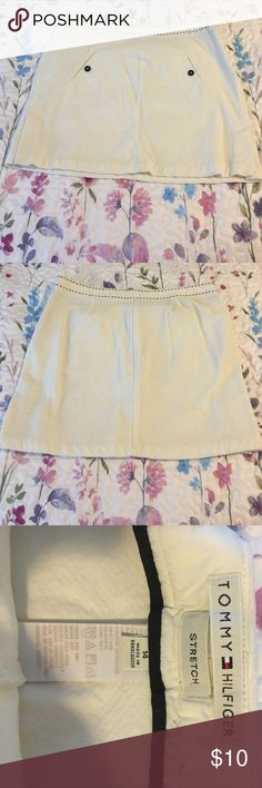 Tommy Hilfiger Skirt Tommy Hilfiger off-white corduroy skirt. This skirt has some stretch to it. The skirt is really cute with a navy tank top for summer. Tommy Hilfiger Skirts