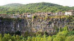 Te recomendamos diez lugares curiosos de España que debes conocer  #SemanaSanta http://ww.abc.es/KXxEU