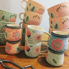 Ceramic Owl, Ceramic Clay, Crackpot Café, Scary Decorations, Pottery Painting Designs, Halloween Mug, Pottery Sculpture, Good Foods For Diabetics, Christmas Mugs