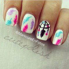 Atrapa sueños + plumas #nails