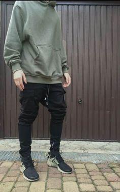 Men's Denim Shirt Urban Fashion 2016 – World Trends Fashion Urban Look, Style Urban, Urban Style Outfits, Streetwear Mode, Streetwear Fashion, Mens Urban Streetwear, How To Wear Joggers, Mode Simple, Style Masculin