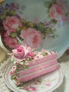 Pink roses fake cake slice: decorative use only. Cake Roses, Pink Rose Cake, Pink Roses, Gorgeous Cakes, Pretty Cakes, Amazing Cakes, Fake Cake, Fake Food, Piece Of Cakes