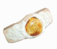 White leather bracelet for woman with Baltic Amber stone