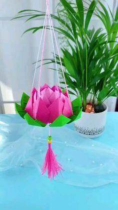 Diy Crafts For Home Decor, Diy Crafts Hacks, Diy Crafts For Gifts, Diy Arts And Crafts, Paper Flowers Craft, Paper Crafts Origami, Paper Crafts For Kids, Flower Crafts, Paper Lotus