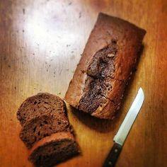 Συνταγές που αρέσουν...: Πανεύκολο κέικ σοκολάτας (χωρίς μίξερ) Banana Bread, Sweets, Baking, Desserts, Recipes, Cakes, Food Ideas, Blog, Kuchen