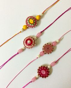 Paper quilling idea for kids Quilling Earrings, Quilling Jewelry, Paper Jewelry, Paper Beads, Paper Quilling, Jewelry Crafts, Handmade Rakhi Designs, Handmade Design, Quilling Rakhi