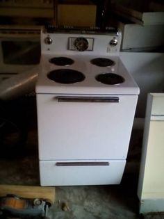 GENERAL ELECTRIC 1950\'s VINTAGE STOVE IN EXCELLENT COND | Vintage ...